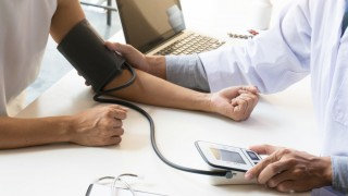 האם מדידות לחץ דם מחוץ למרפאה יעילות להערכת הסיכון למחלות קרדיווסקולריות?