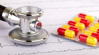 ריברוקסבאן מול אפיקסבן: מה בטוח יותר לחולים עם פרפור עליות ומחלת כליות?